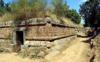Conceptos funerarios: ¿qué es una necrópolis?