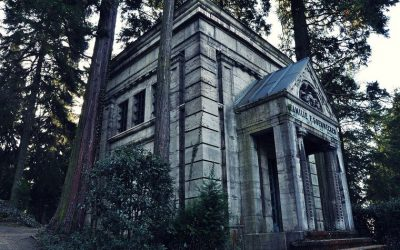 Conceptos funerarios: qué es un panteón